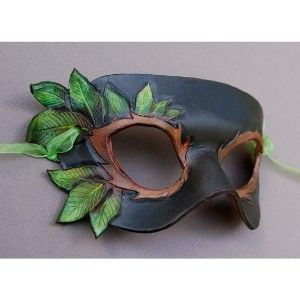 Leafy - Leather Mask