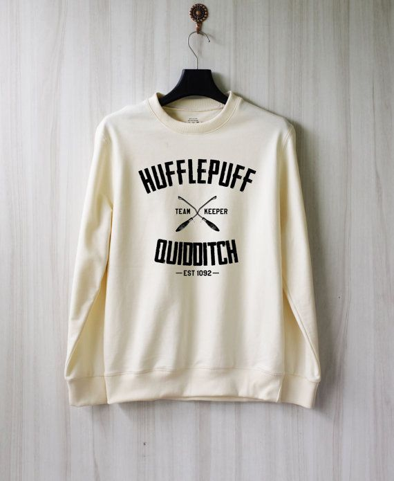 quidditch poufsouffle harry potter chemise sweat pull par. Black Bedroom Furniture Sets. Home Design Ideas