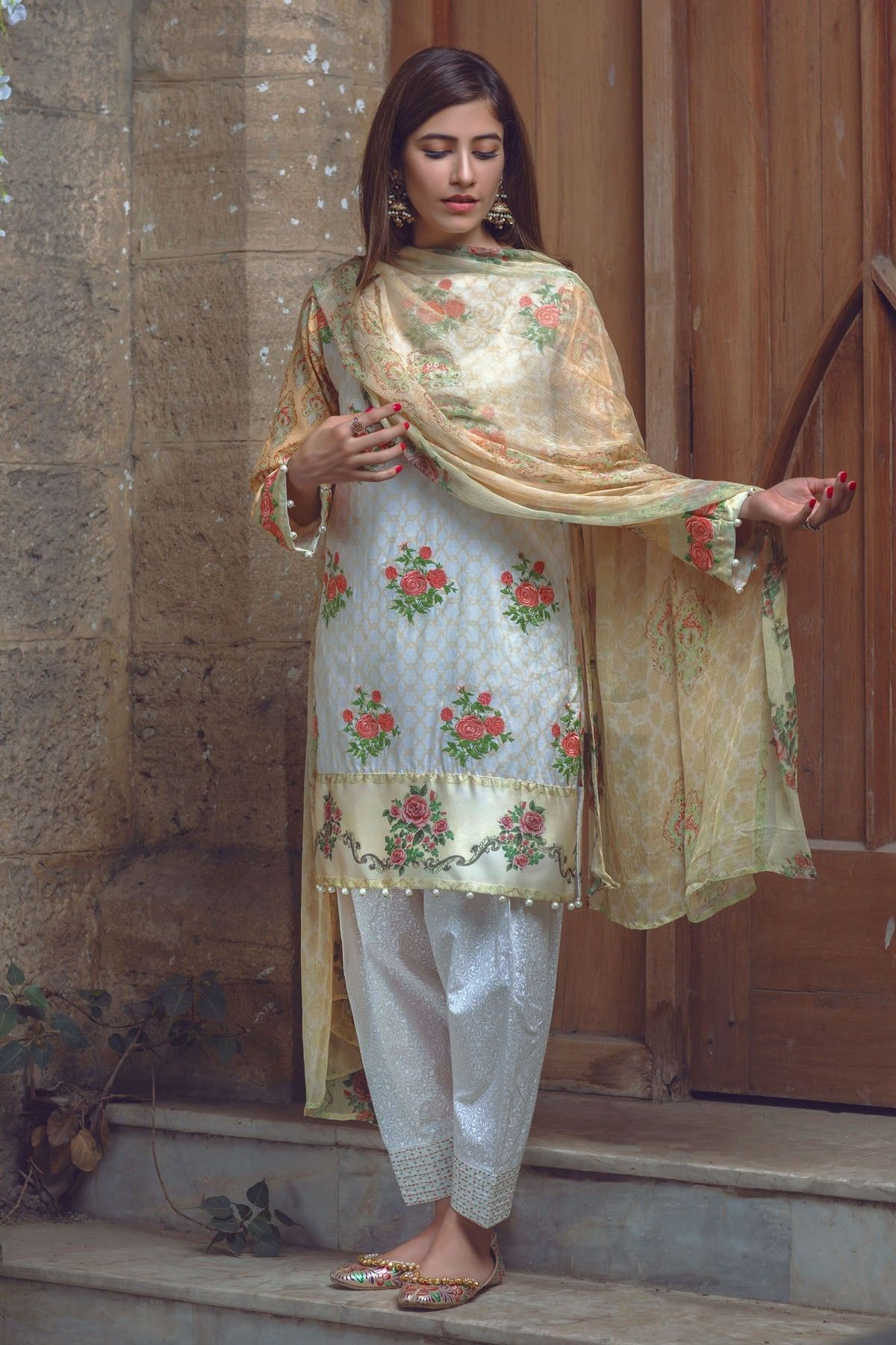 Shirt: Fabric: Embroidered Lawn Shirt Shalwar/Trouser ...