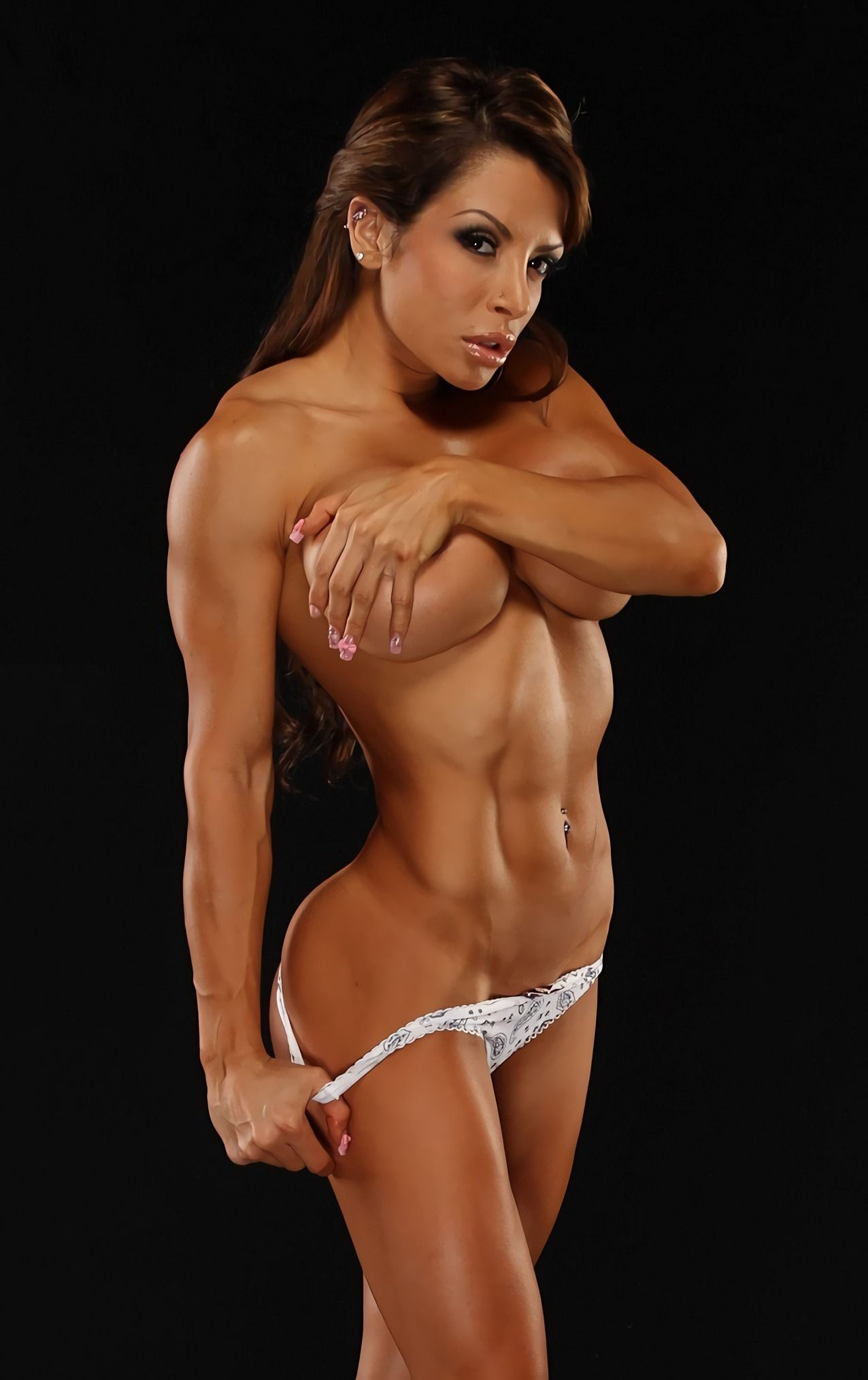 Emo femme fatale female bodybuilder