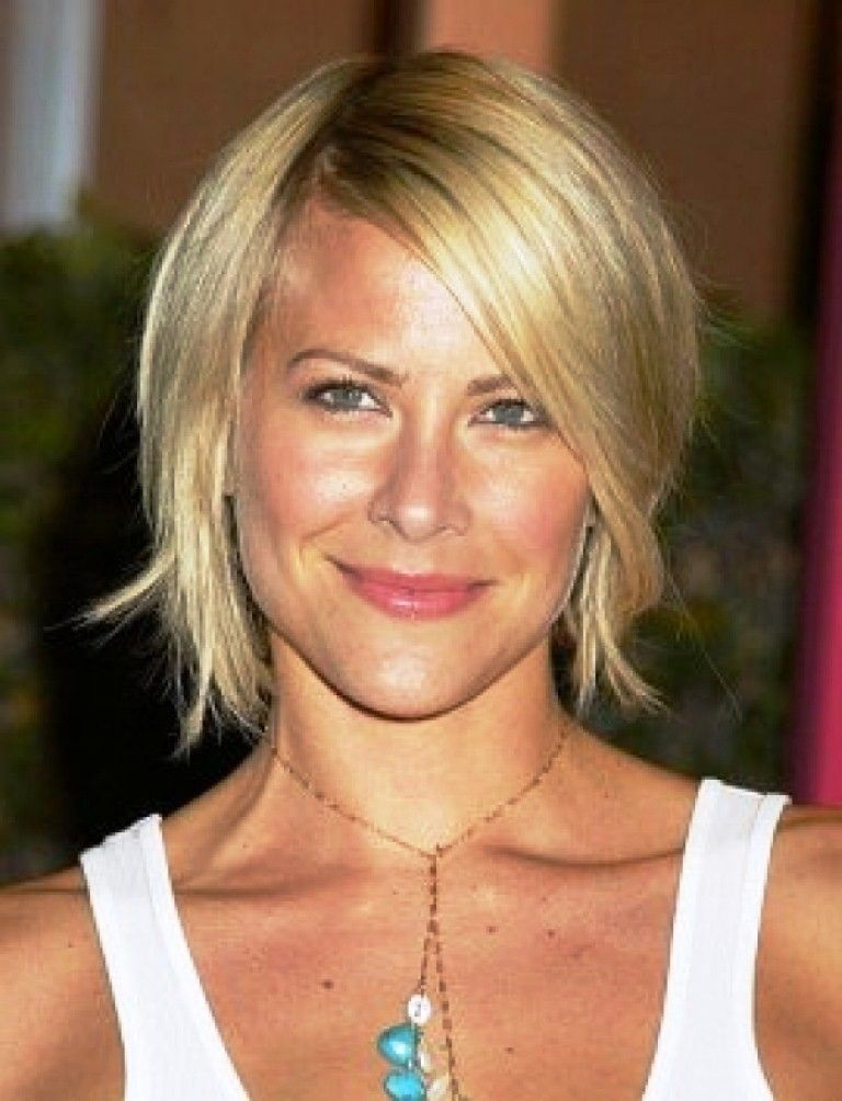 40 Unique Short Hairstyles For Fine Hair Women In 2020 Medium Hair Styles For Women Over 40 Hairstyles Fine Straight Hair