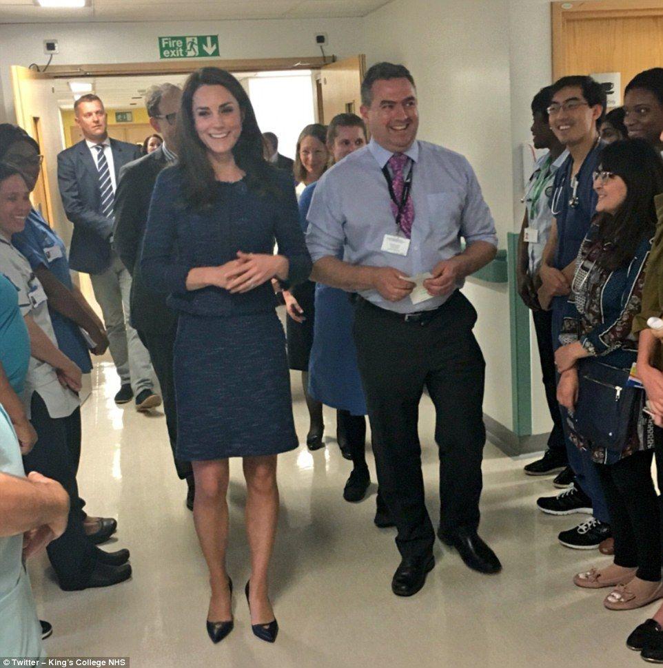 Forum on this topic: Duchess Of Cambridge Surprises London Bridge Attack , duchess-of-cambridge-surprises-london-bridge-attack/