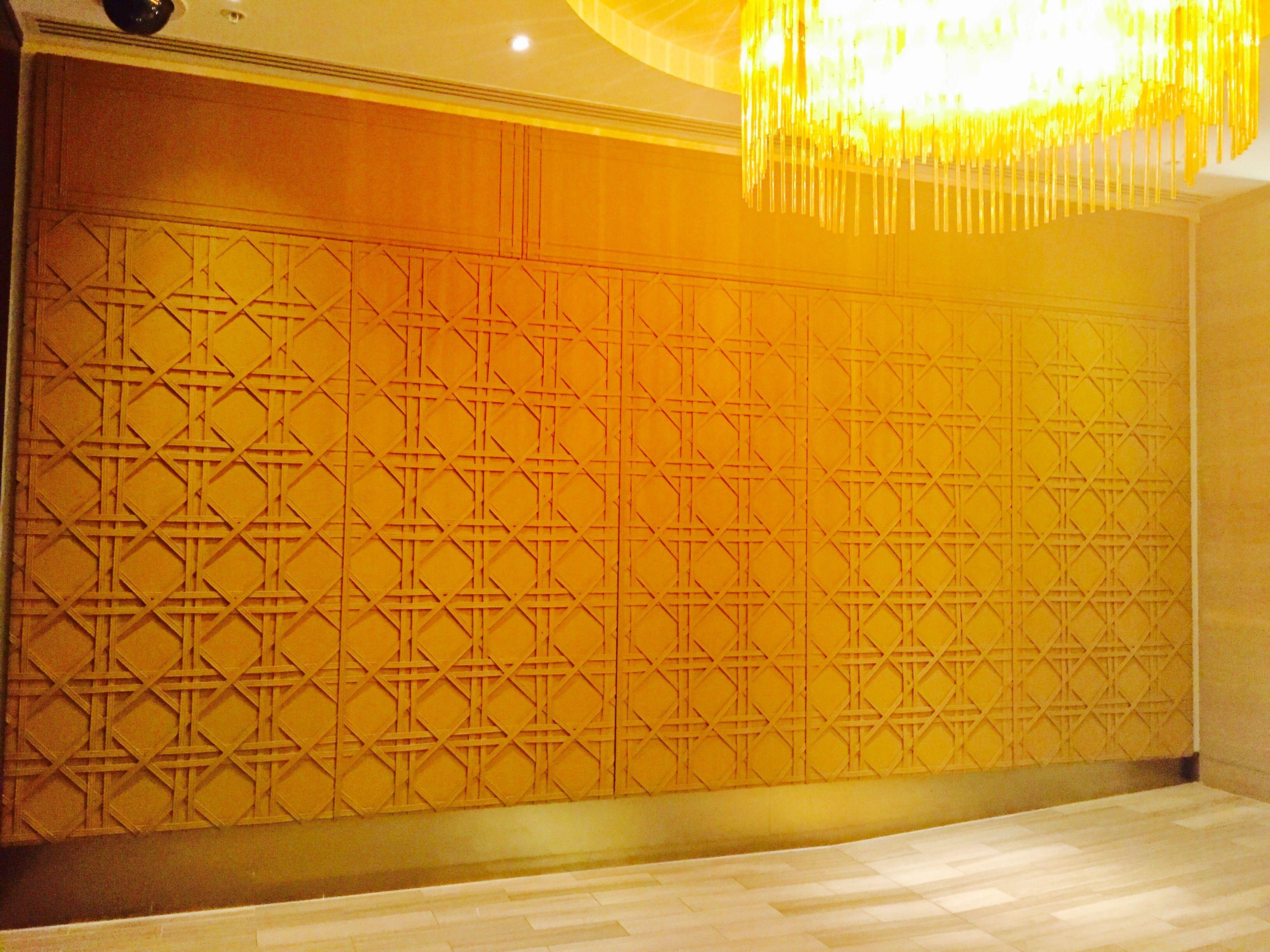 PHOTO 7 prestigious leather feature wall leading to Mahogany Room ...
