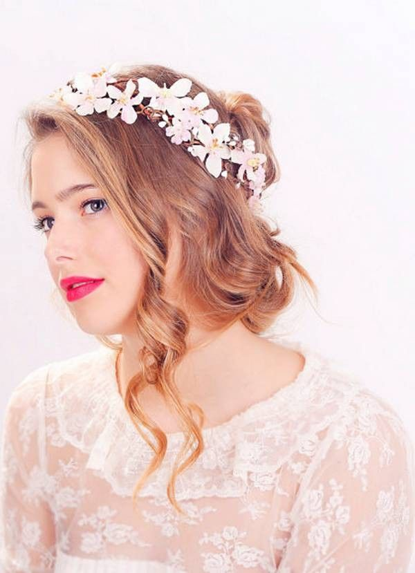 prom hairstyle quiz | Flower headpiece wedding, Flower crown hairstyle, Flower crown wedding