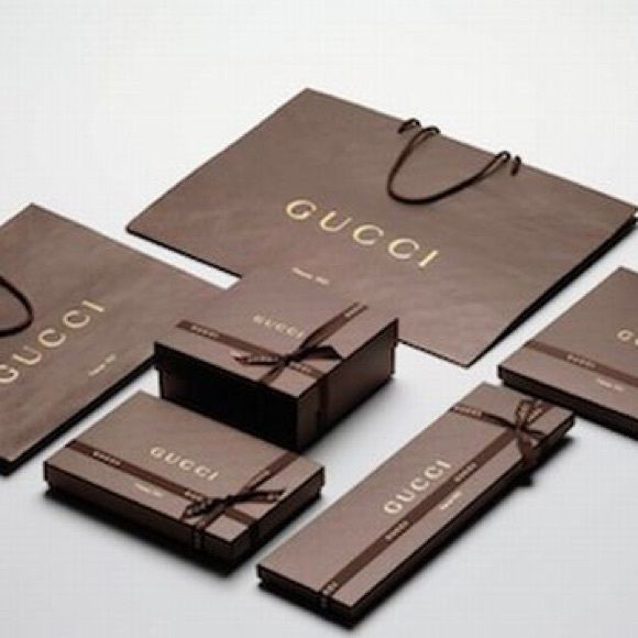 6d1c35608dc59c Gucci Gift Set 100% Authentic Gucci gift box and gift bag. Gucci Accessories