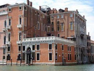 Palazzo Barbarigo della Terrazza si trova a Venezia ed è affacciato ...
