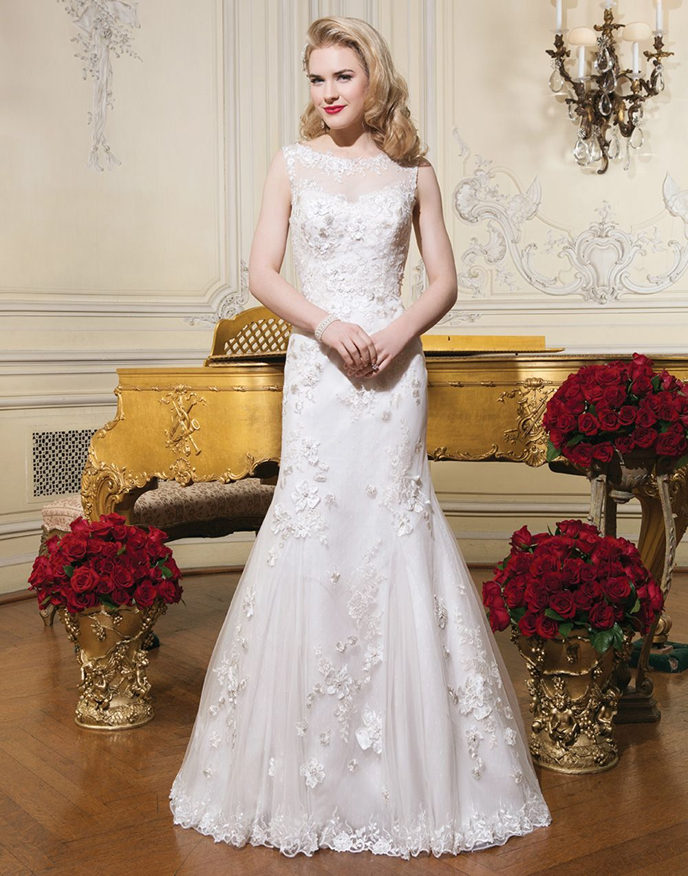 Justin alexander wedding dresses  Justin Alexander wedding dresses style  Embroidered lace fit and