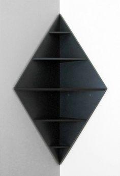 modèle au design créatif de l'étagère d'angle