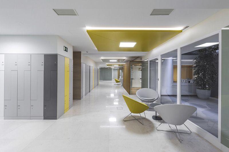 La iluminación eficiente ante la arquitectura. Nueva sede AFI by Lledó.  #TimeForNewConcepts #JuevesDeArquitectura  +info: http://goo.gl/d3QNwm