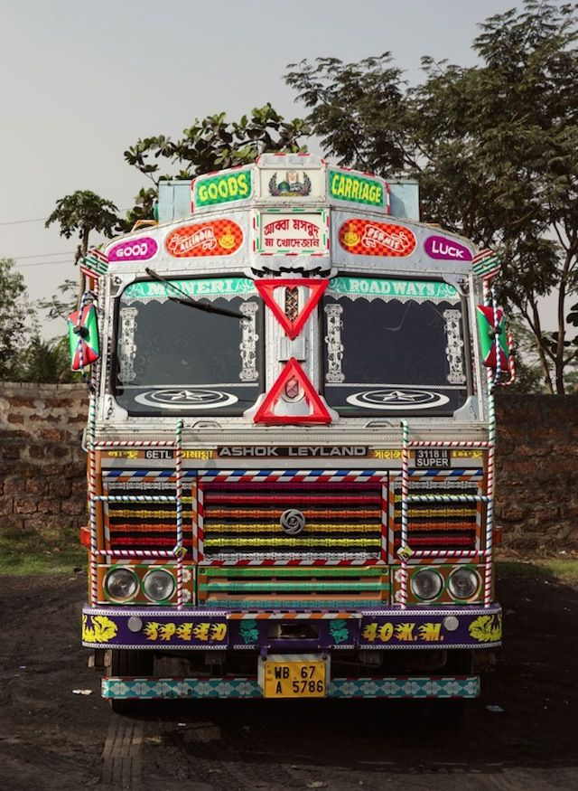Indian Technicolor Trucks Photography With Images Truck Art