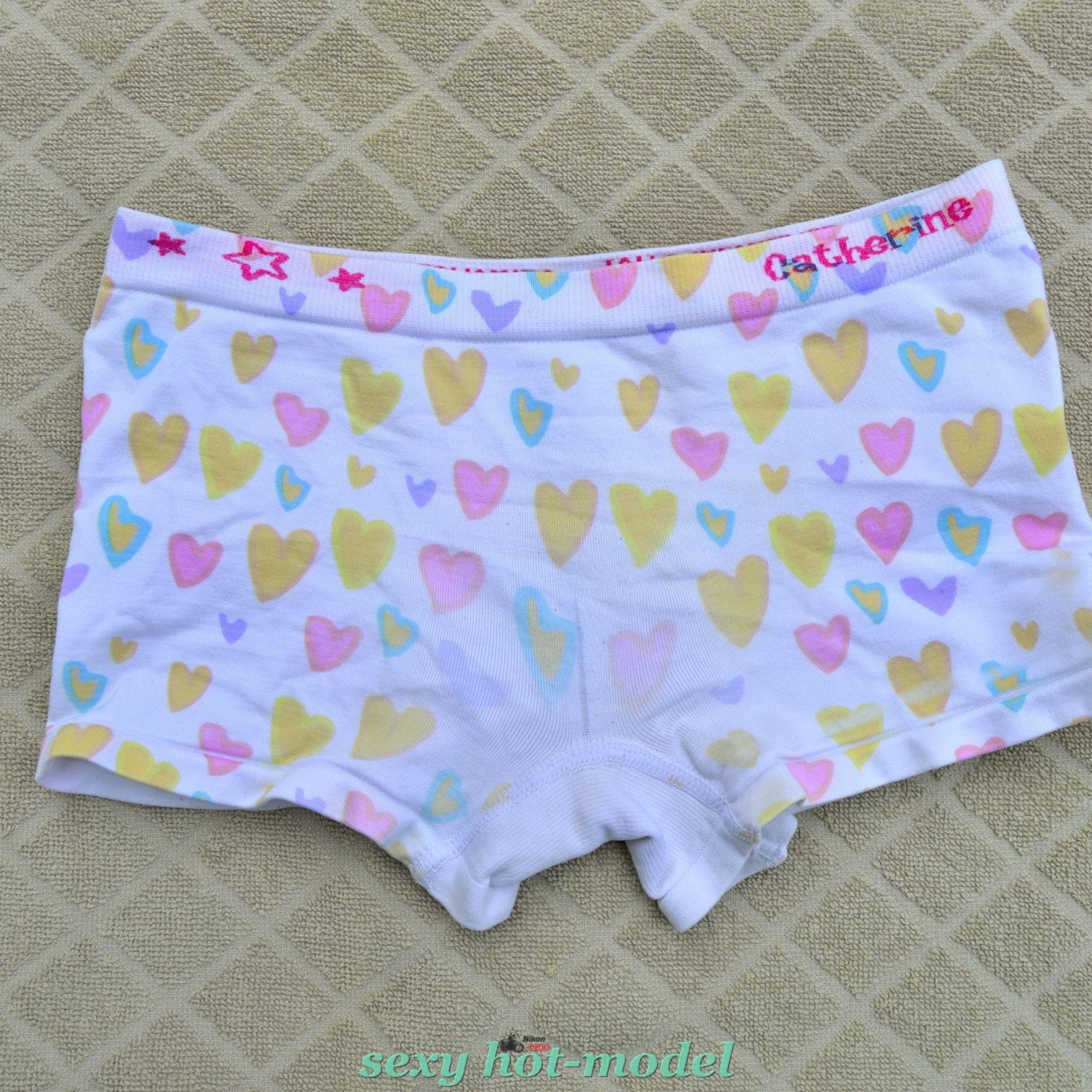 1325b6d7e4 estos bonitos boxers ropa interior de niña me los encontre tirados en algun  crucero de una