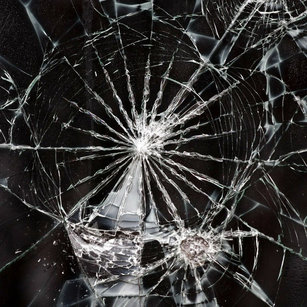 Broken Screen Wallpaper: Shattered Glass Broken Texture IPad Wallpaper HD