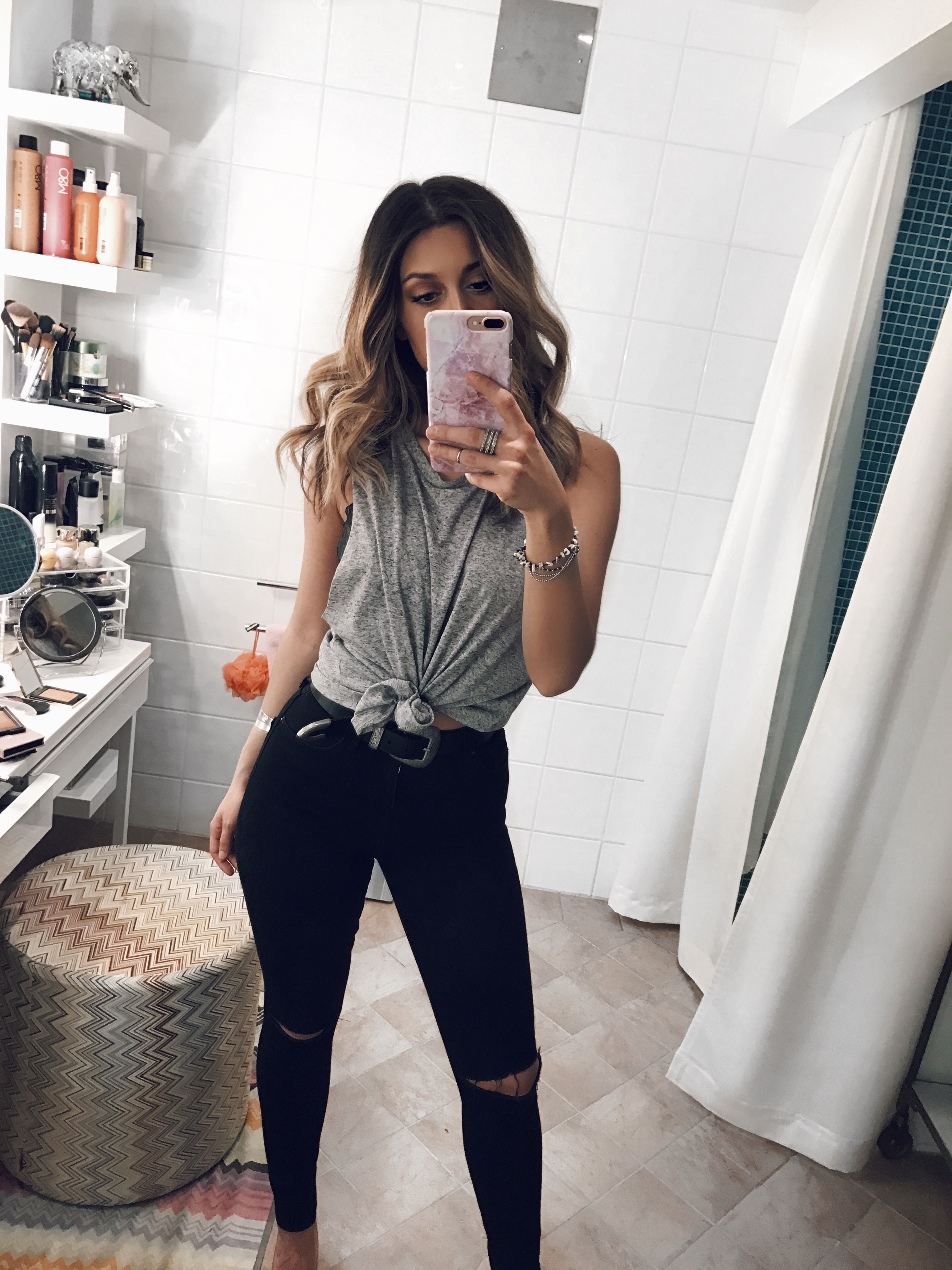 new arrival 24bf1 2df20 Bianca Ingrosso » W E E K E N D Jeansoutfits, Sportiga Outfits, Dammode,  Sommaroutfits, Svart Jeans Outfit