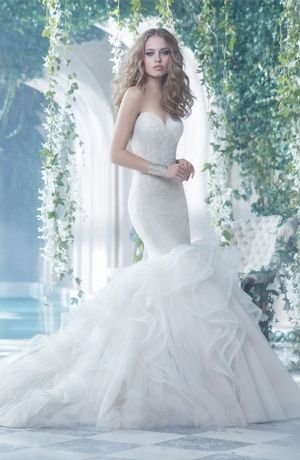Sweetheart Mermaid Wedding Dress with No Waist/Princess Seams in ...