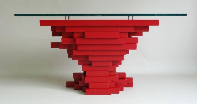 """console sculpturale signée """"Manne""""  laqué rouge , disponible à la galerie JUNGMANN"""