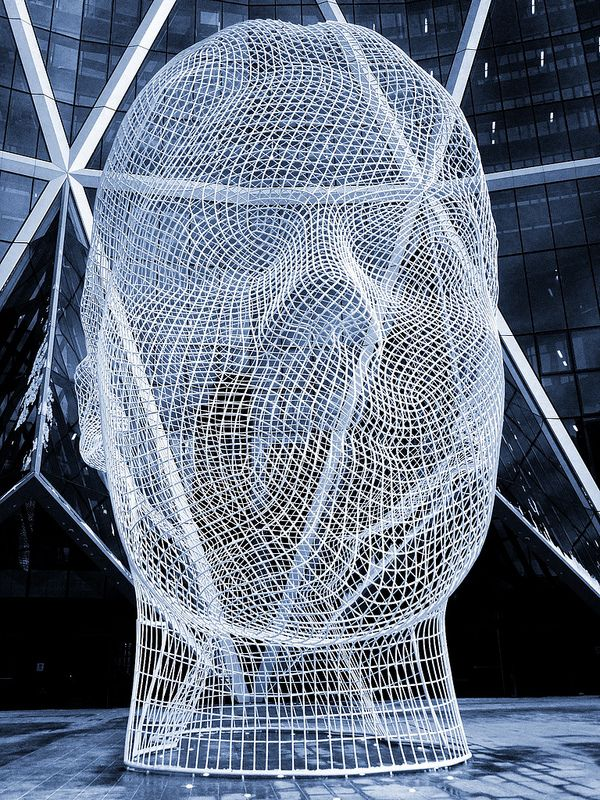 A Face In A Public Space | Pinterest