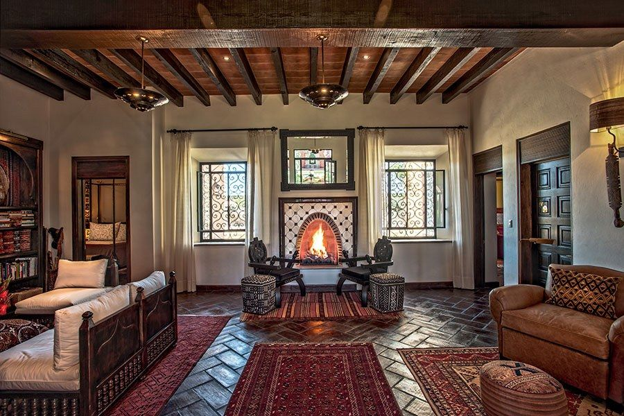 Spectacular Spanish Style Homes From Around The World Spanish Decor Spanish Style Homes Spanish Style