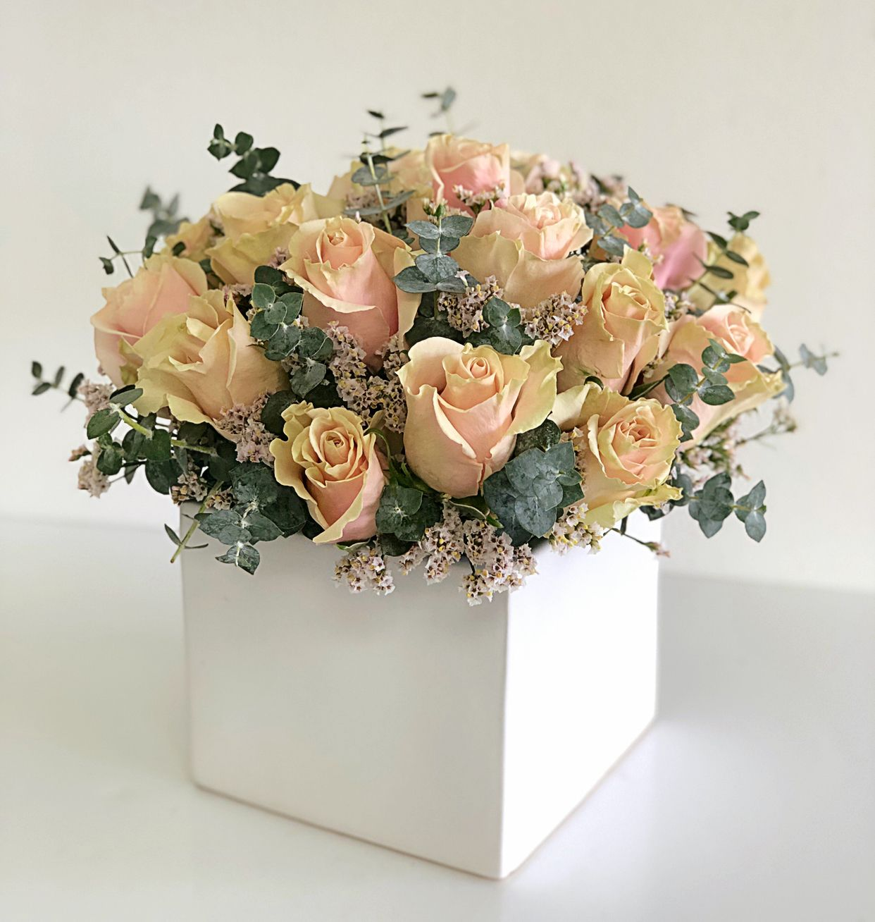 Pin by Chirife Floral Design on Miami floral arrangement
