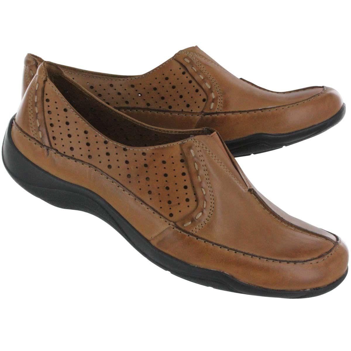 clarks womens dress shoes wide width