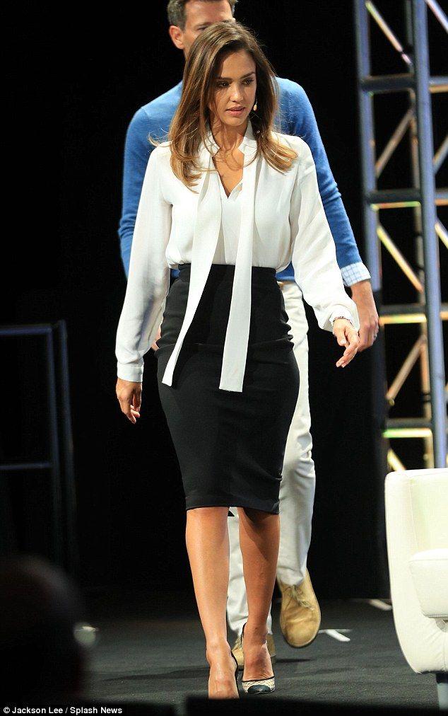 Jessica Alba Stuns In Monochrome At New York Event Work Fashion