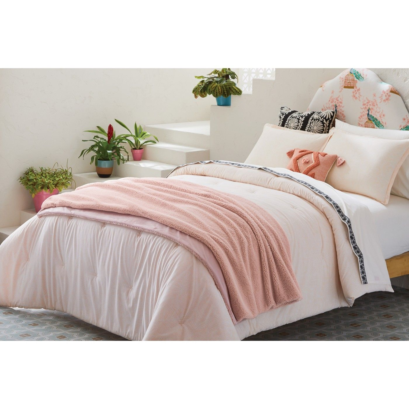 Opalhouse Sherpa Oversized End of Bed Throw Opalhouse