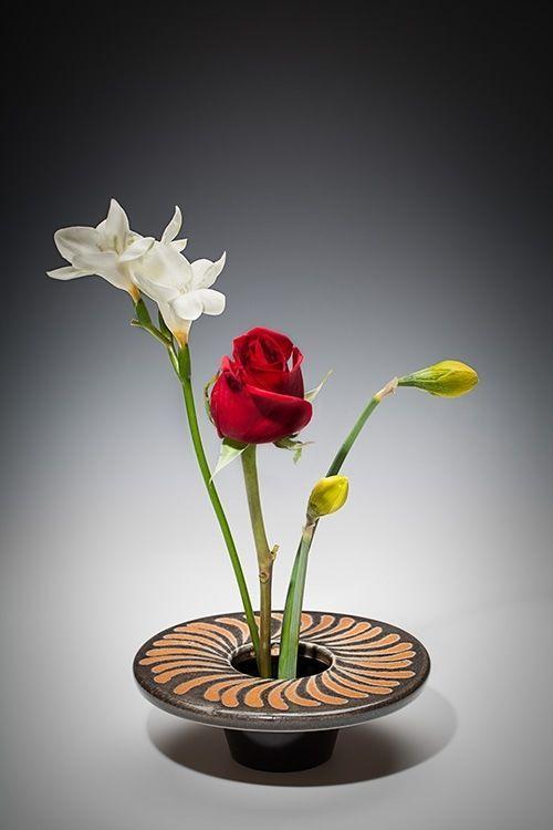 Japanese Ikebana Vases Google Search Ceramics Ikebana Designs