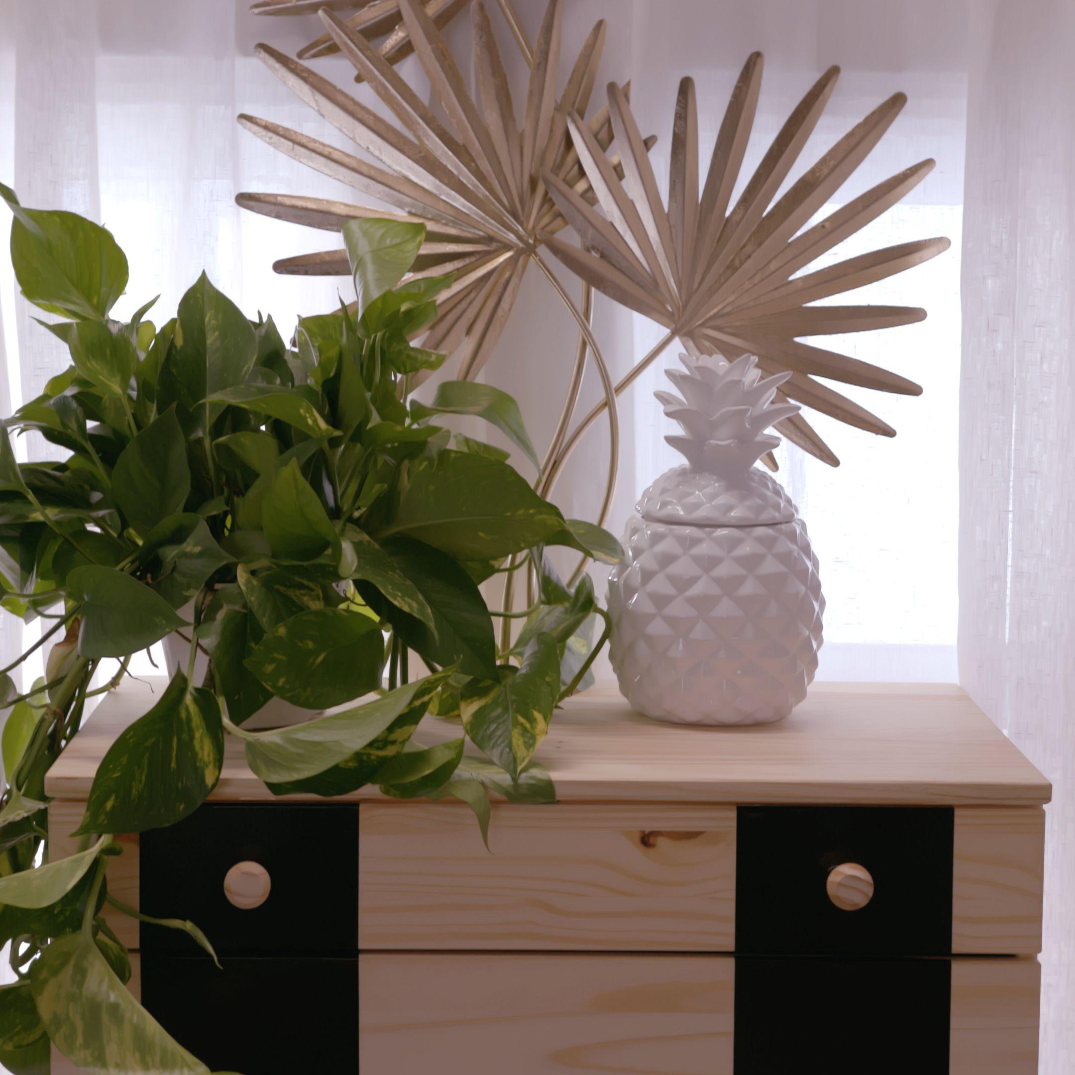 Customizing Dorm Room Furniture images