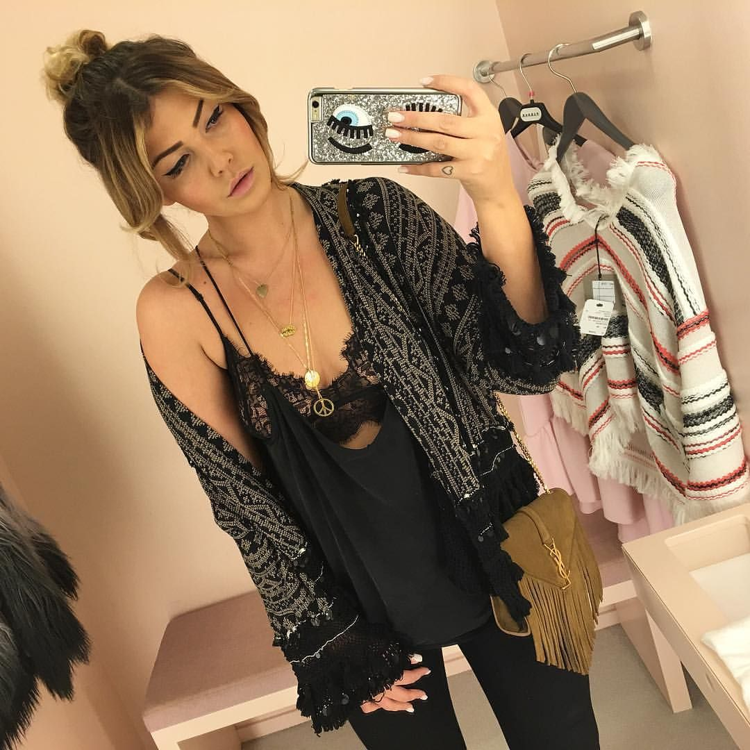 farina oh su instagram the dressing rooms at apropos store give me life nofilterneeded. Black Bedroom Furniture Sets. Home Design Ideas