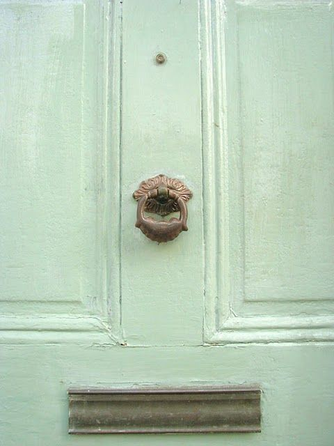mint green is my favorite color. naturally my front door will be mint green.