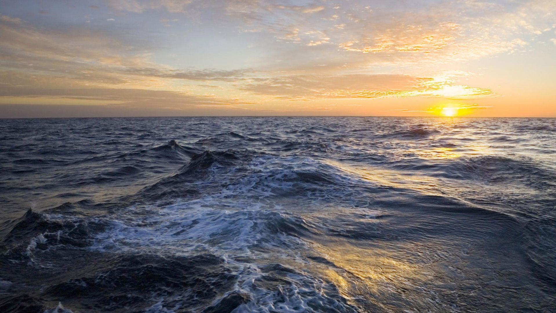 Pôr do sol sobre o mar Papéis de Parede   1920x1080 Full HD Papéis