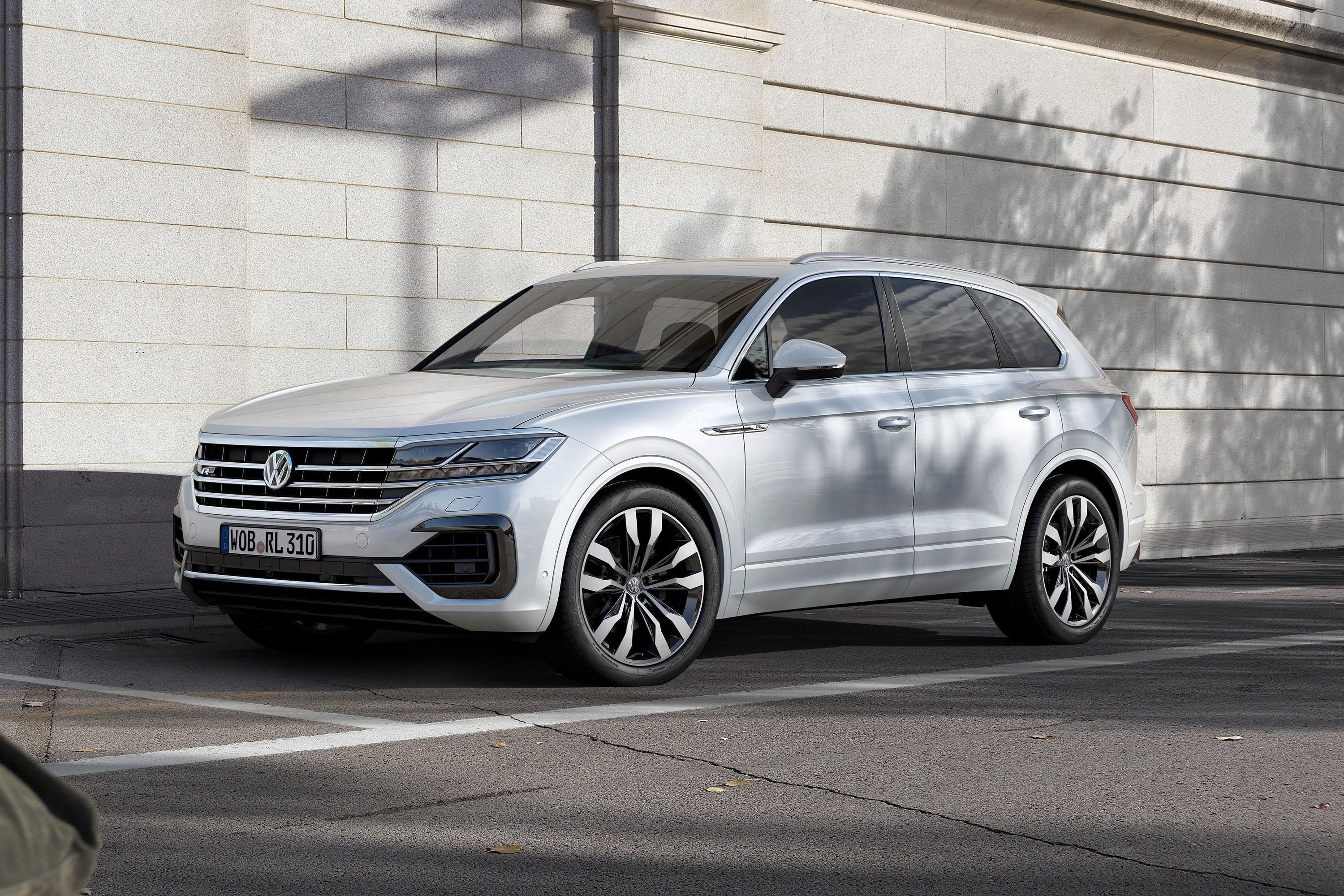 2019 Volkswagen Usa First Drive Price Performance And Review Volkswagen Touareg Volkswagen Suv