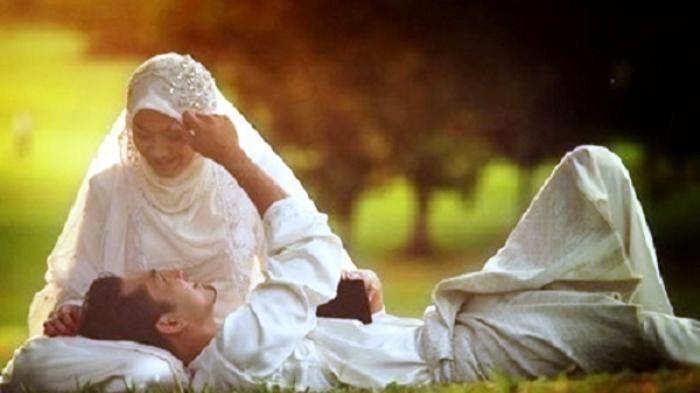 Gambar Kata Istri Menunggu Suami-  Ingat Ini 5 Hal Yang Tidak Boleh Dilakukan Istri Pada Suami  60 Gambar Status Whatsapp Kata Kata Romantis Untuk Pacar Suami  Isteri Ingin Gugat Cerai Dengan Alasan Suami Selingkuh Bisa  Menggauli Istri Yang Sudah Ditalak Bolehkah Republika Online  Suami Sibuk Dengan Gadget Ini Ruginya Mengabaikan Istri  38 Kata Kata Romantis Buat Suami Jarak Jauh Tercinta  42 Kata Bijak Cinta Gambar Tentang Penantian Kesetiaan  Berhubungan Ketika Suami Pulang Dari Bepergian Islampos  Se Kata Bijak Untuk Suami tulisanpetuah.blogspot.com