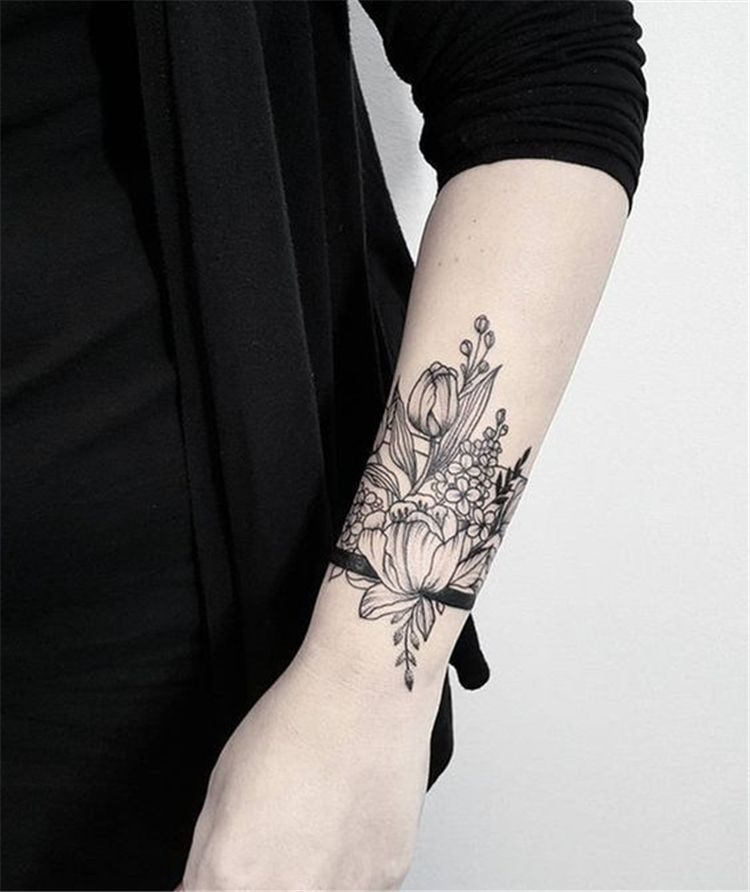 25 Creative Wrist Tattoos Ideas For Modern Girls In 2020 Wrist Tattoos For Women Unique Wrist Tattoos Tattoos For Women Small Meaningful