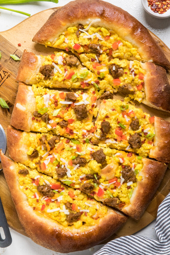 Vegan Breakfast Pizza Recipe In 2020 Vegan Breakfast Pizza Delicious Pizza Breakfast Pizza