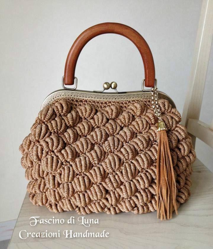 Amazing Crochet Handbags From Italian Designer Fascino Di Luna Creazioni Hand Made