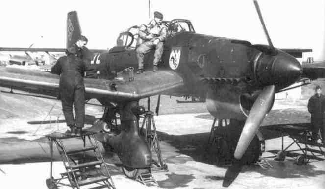 STUKA BEING PREPARED TO TEST FIRE