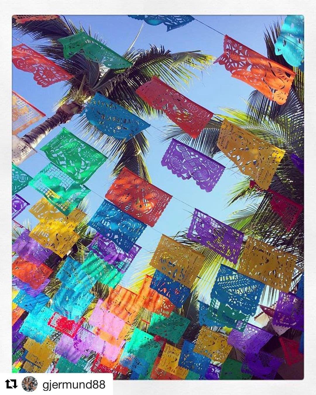 Fiesta på Sayulita i Mexico. #reiseblogger #reisetips #reiseliv  #Repost @gjermund88 with @repostapp  #mexican #fiesta #sayulitas #colorful #colors #instaparty #fest #stemning #atmosphere #passion #passionpassport #mytripmyadventure #travelgram #reiseradet #vivamexico #nåvilæfærratilmexico #gjermund88photography