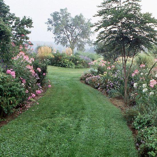 schöner englischer garten rasen fotos rosen | garden ideas, Gartengestaltung