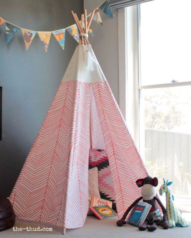 12 id es pour fabriquer un tipi d co for the home tipi enfant chambre enfant et tuto tipi. Black Bedroom Furniture Sets. Home Design Ideas