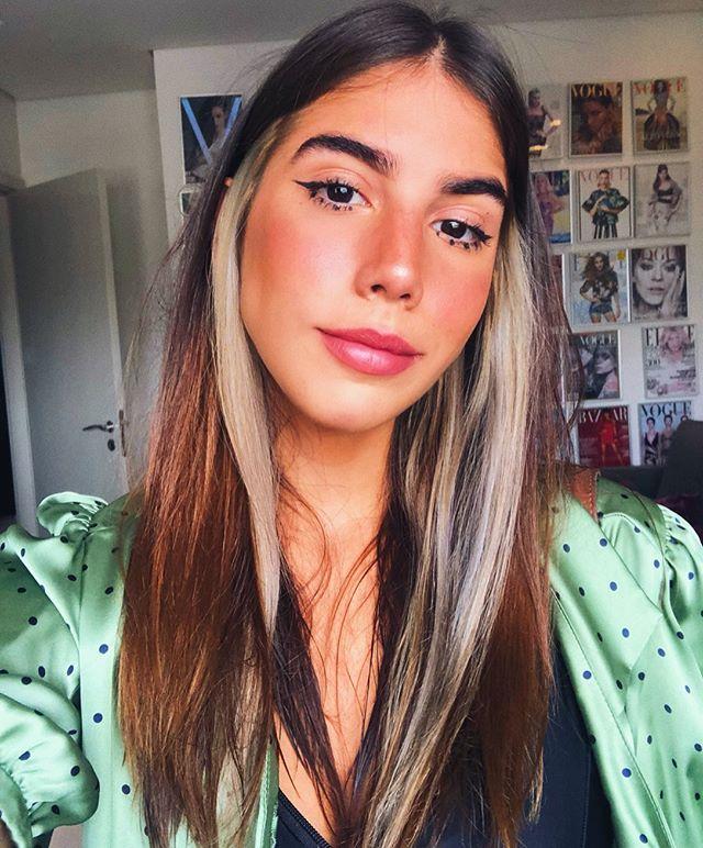 Clara Campara Claracampara Fotos E Videos Do Instagram In 2020 Hair Inspo Color Hair Color Streaks Aesthetic Hair