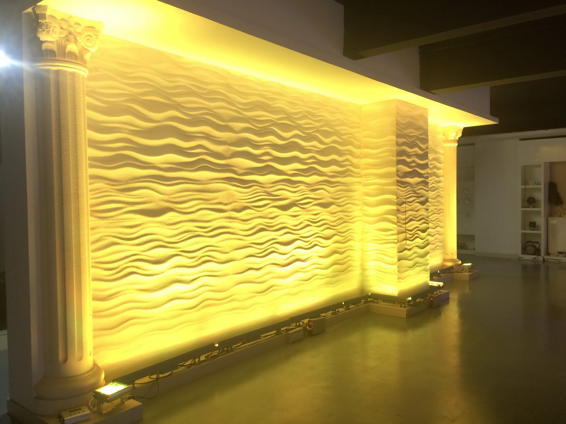 To Brighten Up Your House with Wall wash lights interior | Warisan Lighting  | Wall wash lighting, Washing walls, Wall lights