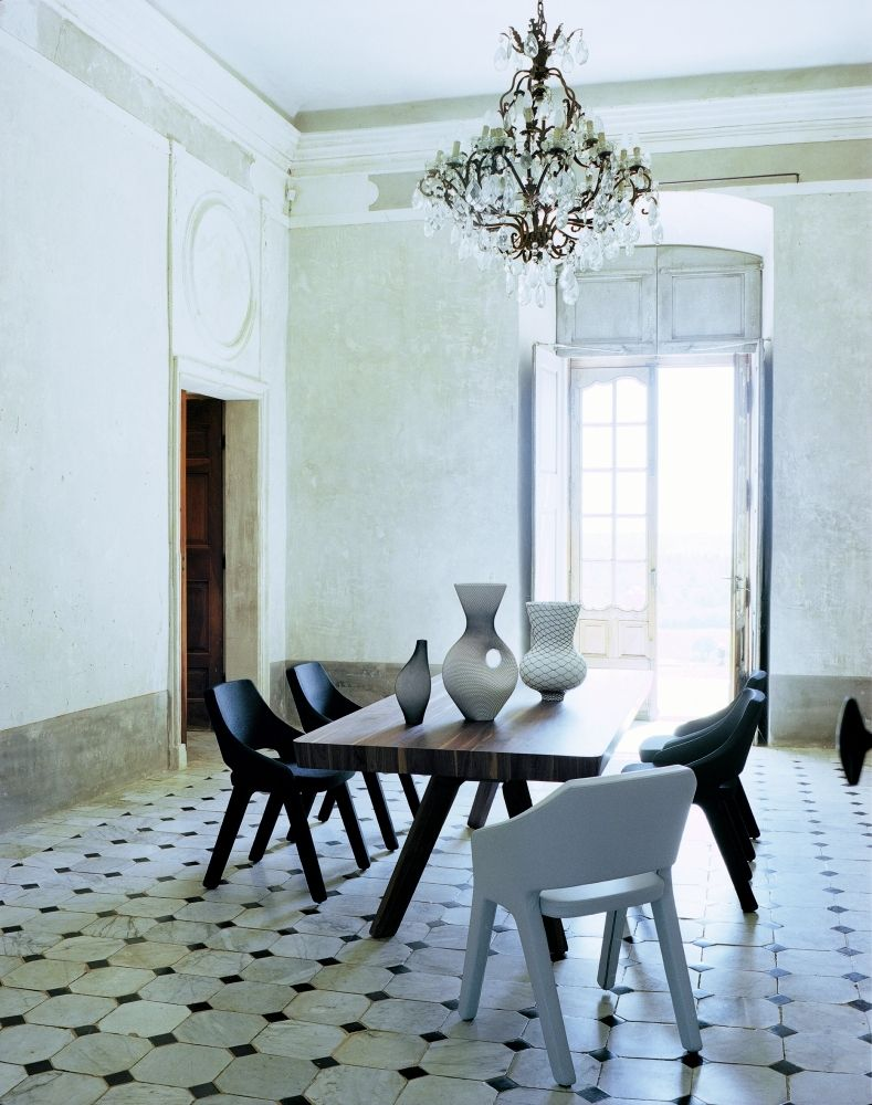 Dining room with Atelier Pfister products