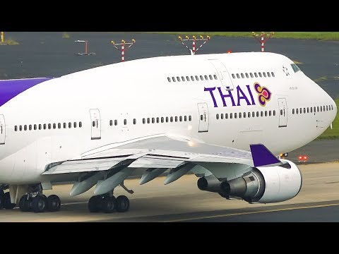 9 12 Big Aircraft Departing A380 B747 B777 A330 Sydney Airport Plane Spotting Youtube In 2020 Sydney Airport Cathay Pacific Singapore Airlines