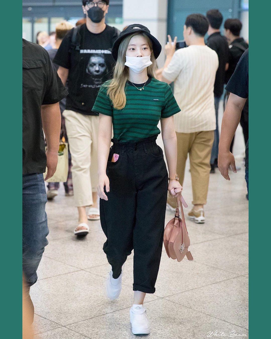 Resultats Google Recherche D Images Correspondant A Https Scontent Atl3 1 Cdninstagram Com V Korean Airport Fashion Kpop Fashion Outfits Airport Fashion Kpop