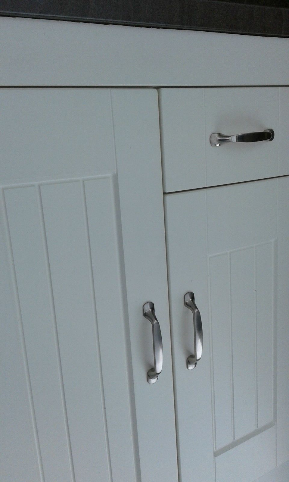 Shaker Matt Ivory Tongue and Groove Kitchen Cupboard Replacement ...