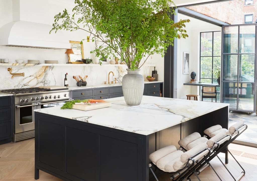 Choosing a Kitchen Cabinet Color (With images) | Kitchen ...
