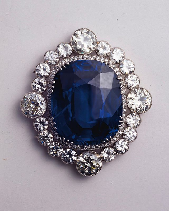 Pin On Royal And Vintage Jewelry