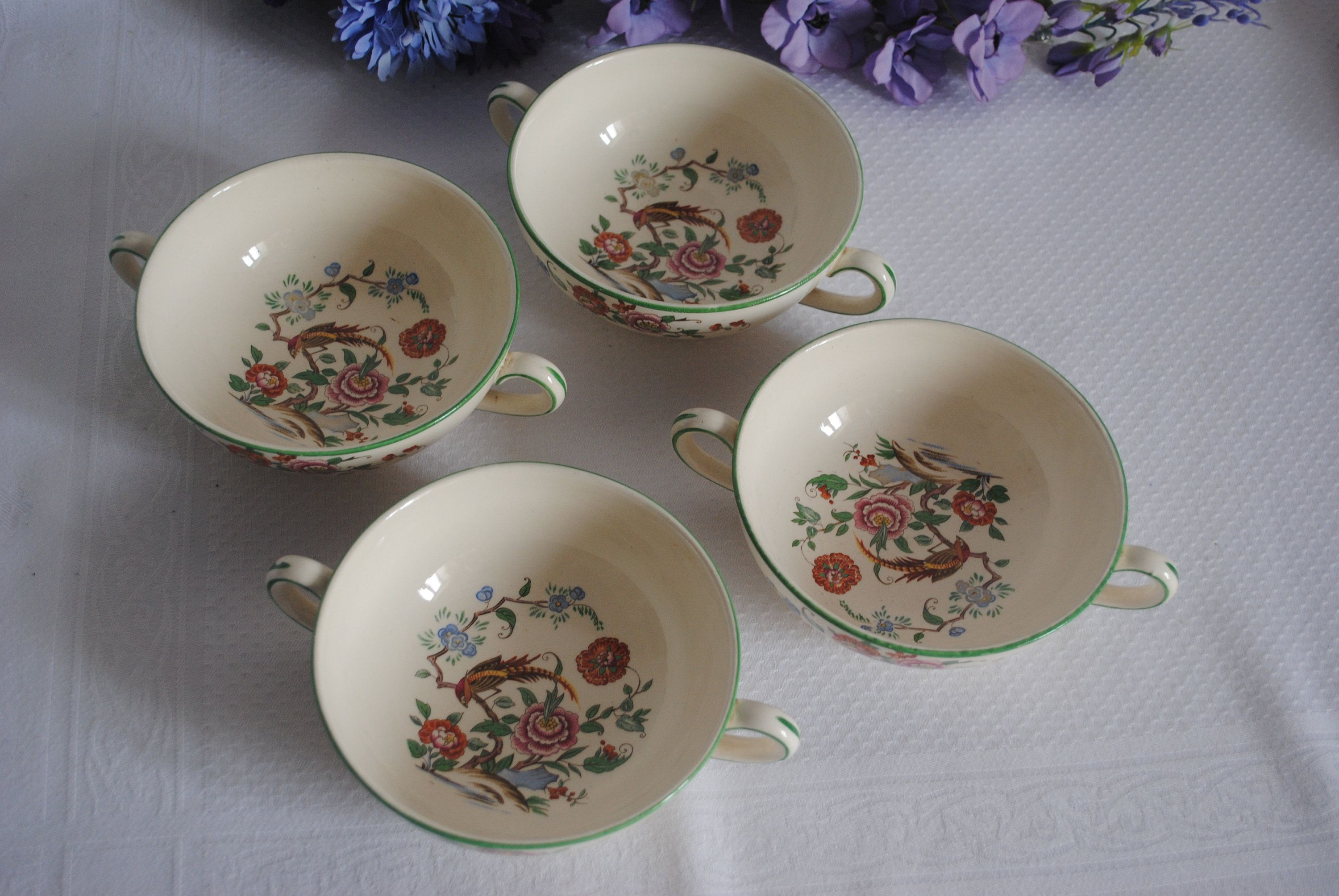 Bishop China Made In England Vintage Soup Bowls Soup Cups Two Handled Bowls Pattern 3413 Soup Bowl Handled Bowls Bowl