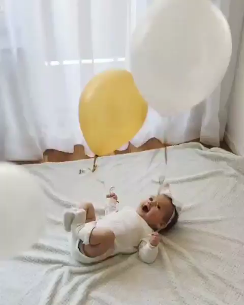Latest Funny Babies Cute baby video Now how can you not say aaww after watching this video because it's so so cute!!! #babyvideos #videos #happybaby #babypictures #balloons #cutebaby #eventila 2