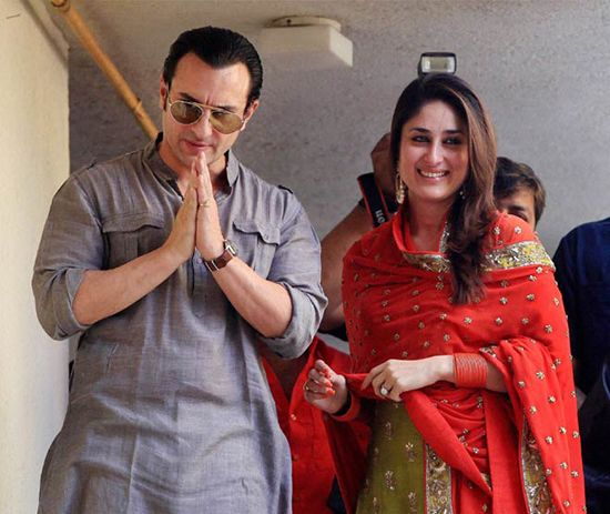 Kareena Kapoor And Saif Ali Khan Wedding Album And Reception Photos Kareena Kapoor Kareena Kapoor Wedding Bollywood Couples